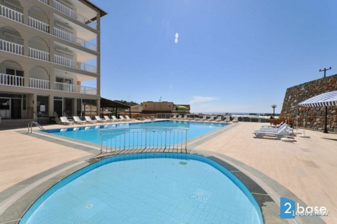 2-1-apartment-for-sale-in-antalya-alanya-site-intertwined-with-nature-big-1