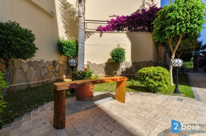 2-1-apartment-for-sale-in-antalya-alanya-site-intertwined-with-nature-big-15