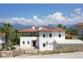villa-for-sale-with-garden-in-700m2-plot-in-alanya-oba-small-0