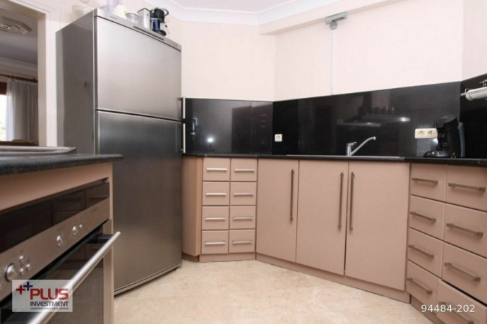 villa-for-sale-with-garden-in-700m2-plot-in-alanya-oba-big-9