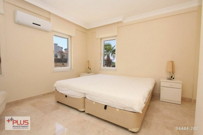villa-for-sale-with-garden-in-700m2-plot-in-alanya-oba-big-16