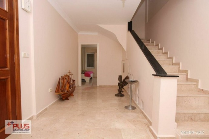 villa-for-sale-with-garden-in-700m2-plot-in-alanya-oba-big-11