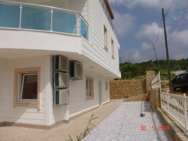 real-estate-in-alanya-avsallar-for-sale-31-duplex-with-garden-145-m2-big-2