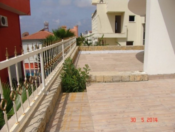 real-estate-in-alanya-avsallar-for-sale-31-duplex-with-garden-145-m2-big-7