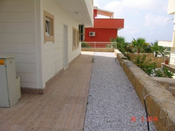 real-estate-in-alanya-avsallar-for-sale-31-duplex-with-garden-145-m2-big-3