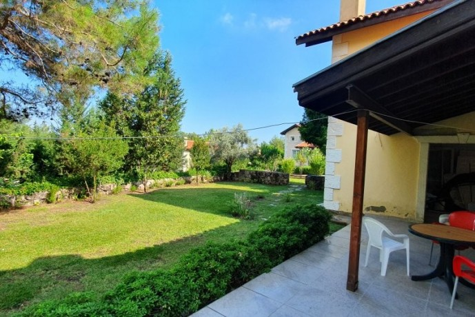 uncomplete-opportunity-to-renovate-house-for-sale-in-kemer-big-1