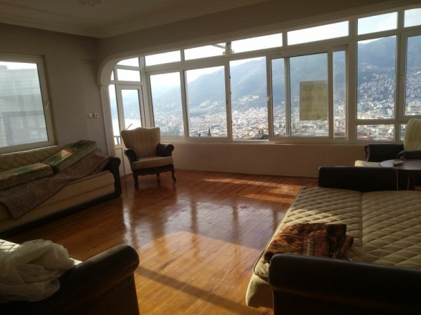 31-separate-kitchen-apartment-with-views-of-alanya-castle-forest-and-sea-big-5