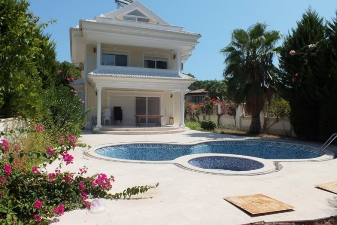 kemer-luxury-triplex-detached-villa-for-sale-with-private-pool-big-4