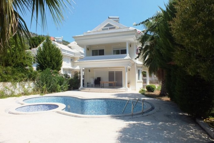 kemer-luxury-triplex-detached-villa-for-sale-with-private-pool-big-1