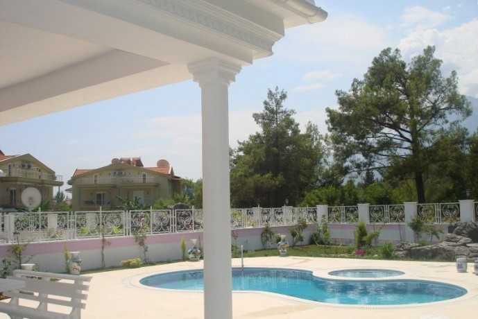 kemer-luxury-triplex-detached-villa-for-sale-with-private-pool-big-2