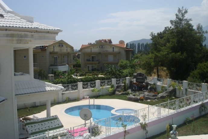 kemer-luxury-triplex-detached-villa-for-sale-with-private-pool-big-0