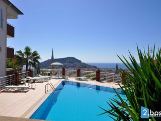 Sea view penthouse apartment for sale in Antalya Alanya Center