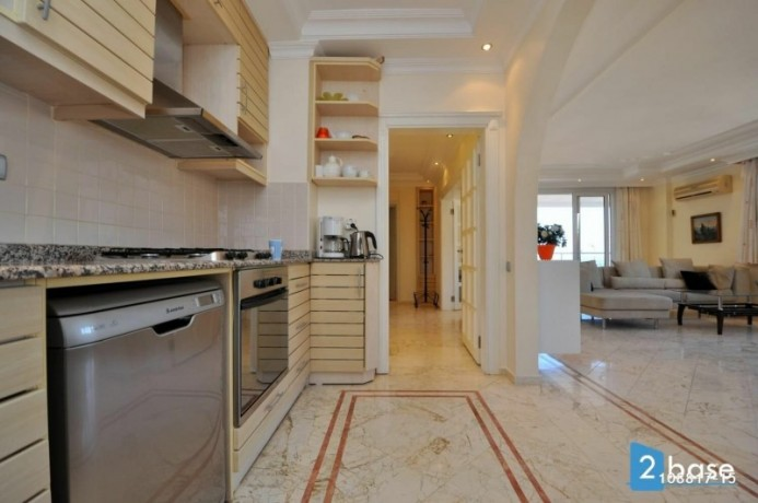 sea-view-penthouse-apartment-for-sale-in-antalya-alanya-center-big-18