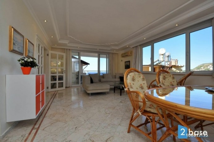 sea-view-penthouse-apartment-for-sale-in-antalya-alanya-center-big-3