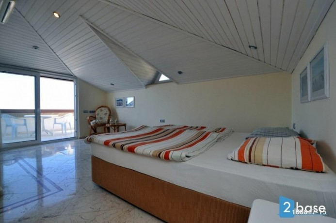 sea-view-penthouse-apartment-for-sale-in-antalya-alanya-center-big-13