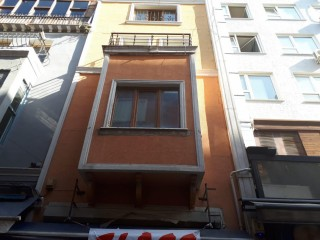 Complete building for rent 310 sqm in Kadıköy Muhurdar