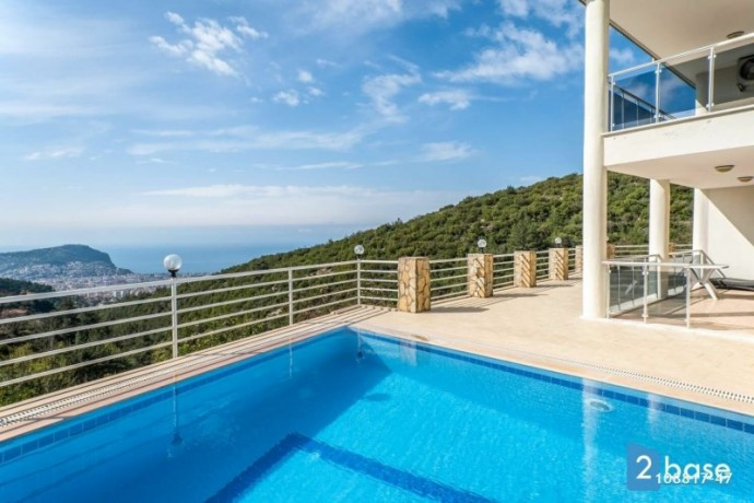 sea-views-duplex-for-sale-between-nature-in-antalya-alanya-home-big-5