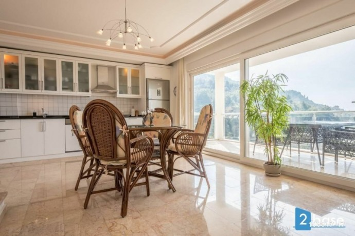 sea-views-duplex-for-sale-between-nature-in-antalya-alanya-home-big-7