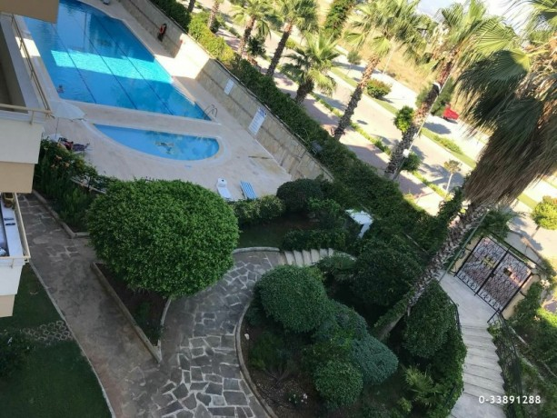 cheap-apartment-for-sale-in-alanya-by-the-sea-big-2