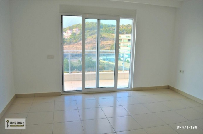 apartment-for-sale-in-alanya-alanya-single-loft-apartment-with-sea-view-big-3
