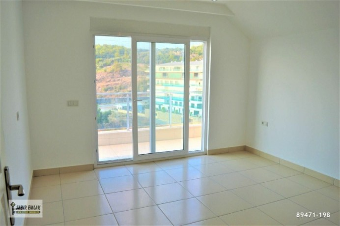 apartment-for-sale-in-alanya-alanya-single-loft-apartment-with-sea-view-big-6
