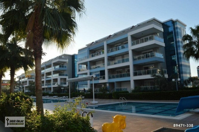 apartment-for-sale-in-alanya-with-sea-view-and-the-most-beautiful-house-on-the-site-big-2