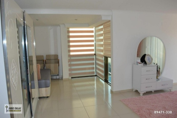 apartment-for-sale-in-alanya-with-sea-view-and-the-most-beautiful-house-on-the-site-big-11