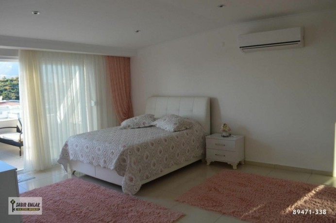 apartment-for-sale-in-alanya-with-sea-view-and-the-most-beautiful-house-on-the-site-big-10