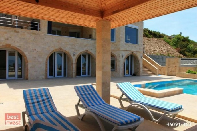 villa-for-sale-in-alanya-large-villa-with-sea-view-big-9