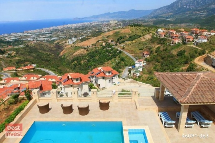 villa-for-sale-in-alanya-large-villa-with-sea-view-big-11