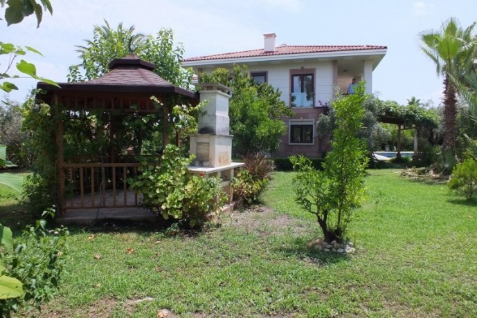 luxury-3-storey-mansion-for-sale-in-kemer-for-rich-famous-big-3
