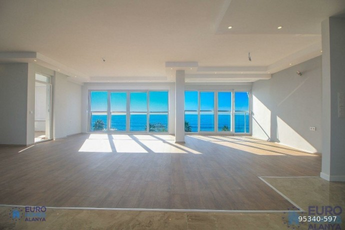 alanya-ataturk-cad-apartment-for-sale-with-full-sea-view-big-0