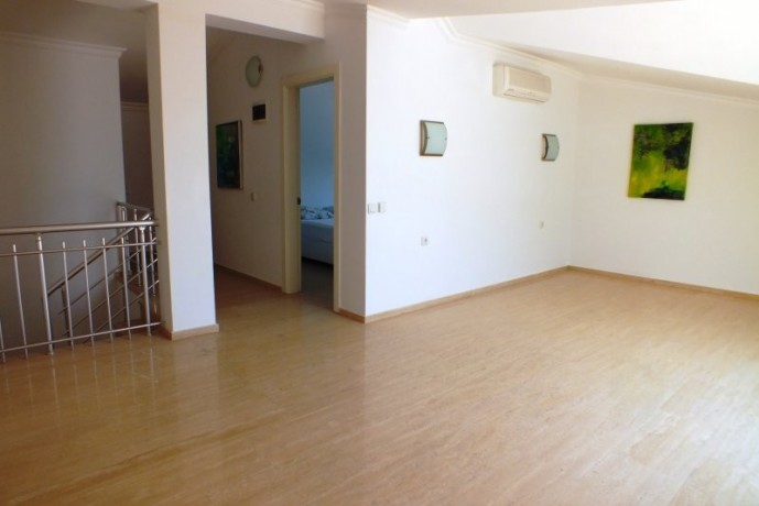 cheap-duplex-apartment-to-buy-in-kemer-center-by-beach-big-14
