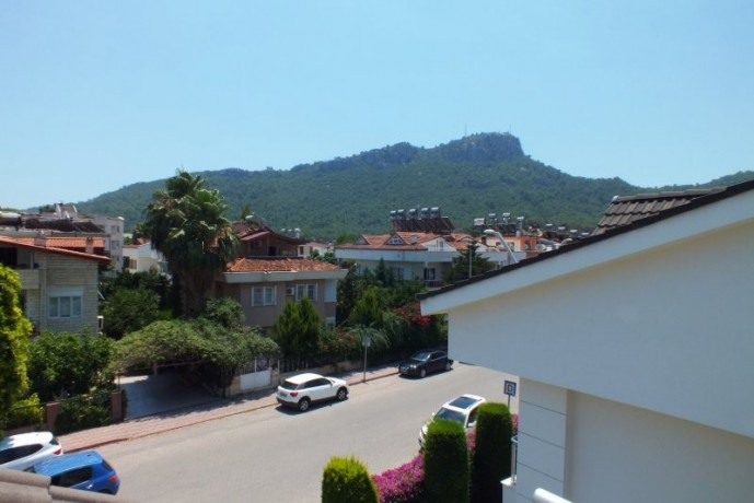 cheap-duplex-apartment-to-buy-in-kemer-center-by-beach-big-12