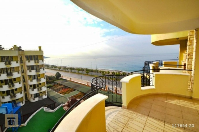 antalya-alanya-mahmutlar-2-1-sea-zero-apartment-big-3