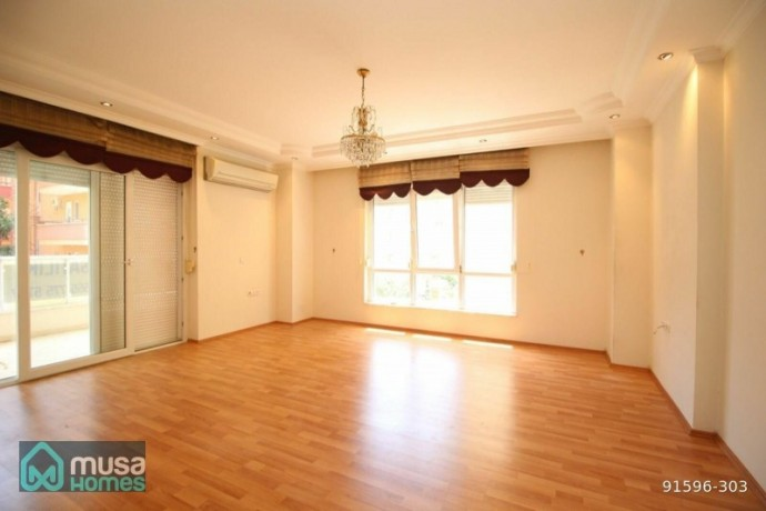 alanya-sugozu-mah-120-m2-21-apartment-with-pool-in-a-central-location-big-0