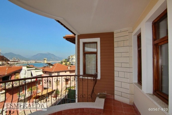 detached-villa-for-sale-in-alanya-castle-big-12