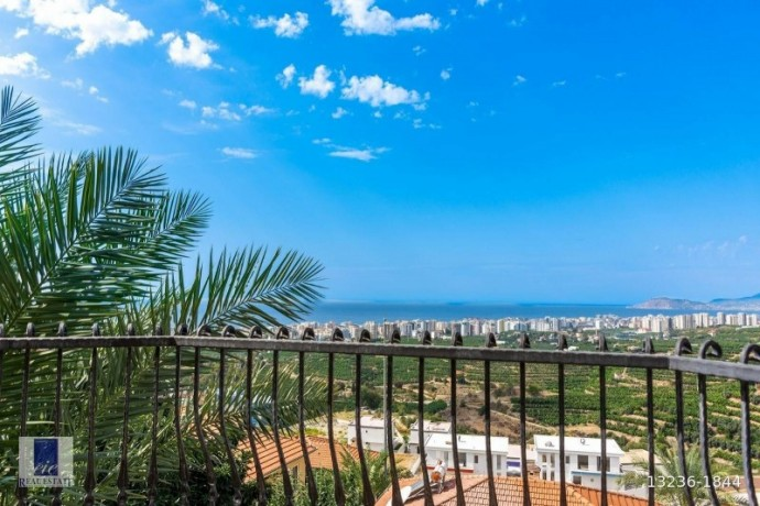 twin-villas-for-sale-with-views-of-alanya-gold-city-big-12
