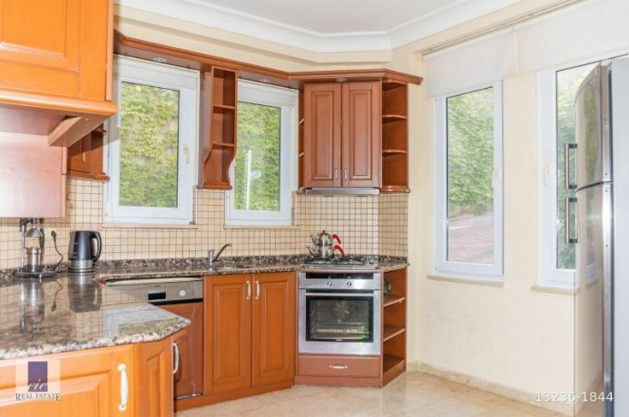 twin-villas-for-sale-with-views-of-alanya-gold-city-big-4