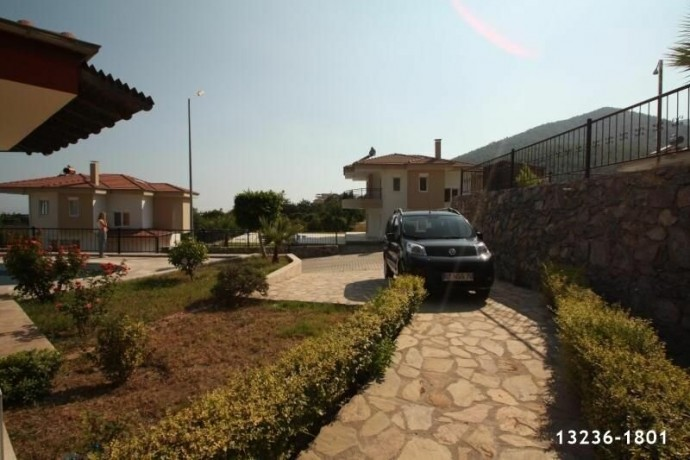 detached-villa-for-sale-in-alanya-with-garden-pool-big-1