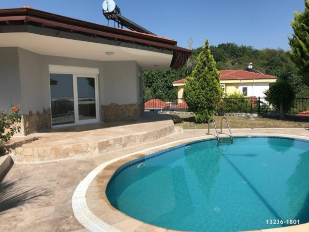 detached-villa-for-sale-in-alanya-with-garden-pool-big-9