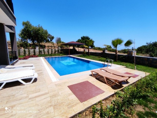 ultra-luxury-villa-with-pool-with-sea-view-in-alanya-big-8