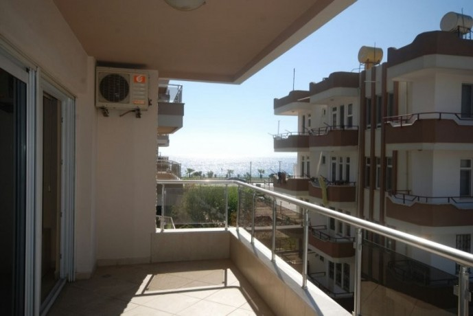 1-bedroom-apartment-for-sale-antalya-by-the-beach-big-0