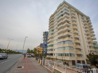 2+1 130m2 Apartment for sale in Seaside building with furniture, Alanya