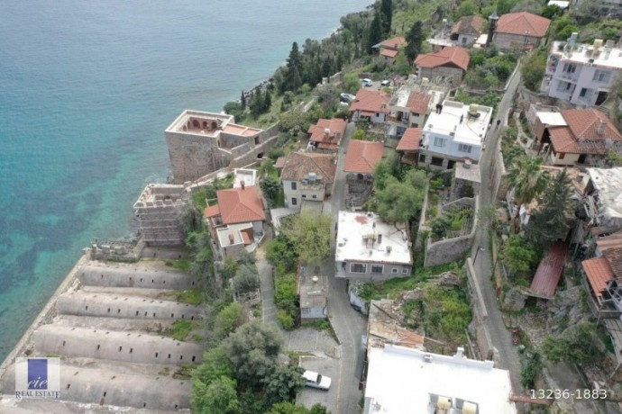 21-apartments-for-sale-in-the-historical-alanya-castle-walls-big-1
