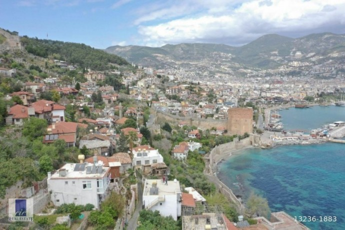 21-apartments-for-sale-in-the-historical-alanya-castle-walls-big-4