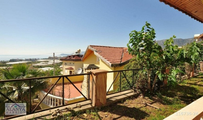 31-220-m2-villa-for-sale-with-full-sea-view-in-alanya-big-1