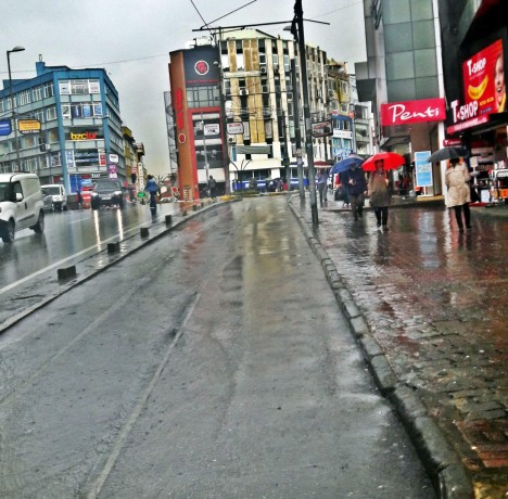 complete-store-for-rent-operating-ready-business-in-kadikoy-big-1