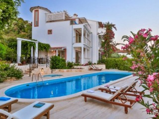 TRIPLEX VILLA FOR SALE ON KAS ÇUKURBAĞ PENINSULA