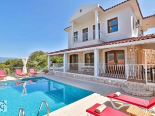 Detached villa for sale in Antalya Kas Çukurbağ Peninsula